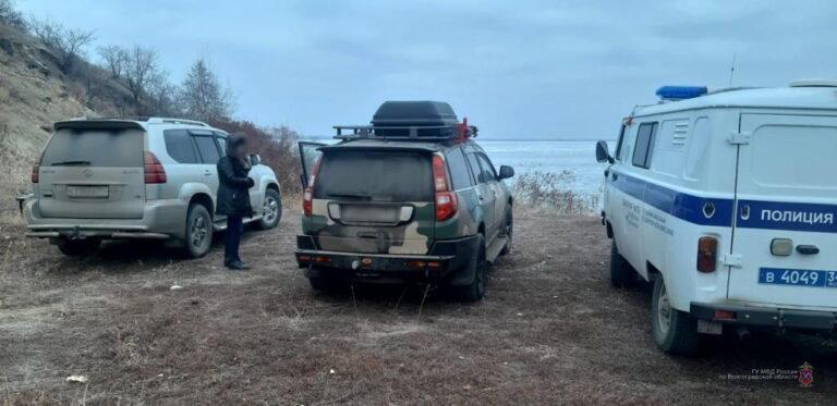 Найдена машина: в Камышине третьи сутки разыскивают пропавшего без вести рыбака
