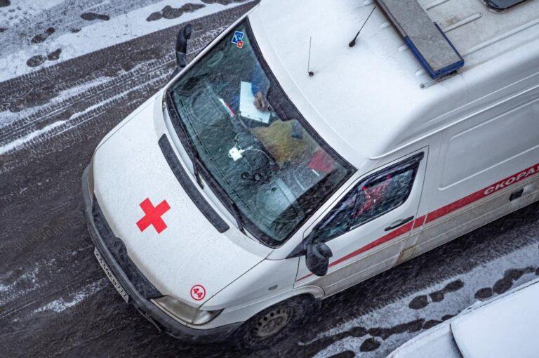 В Волгограде ищут свидетелей смертельного падения мужчины из окна многоэтажки