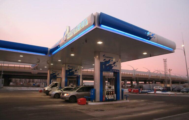 В Волгограде нашли самый дешевый бензин в ЮФО