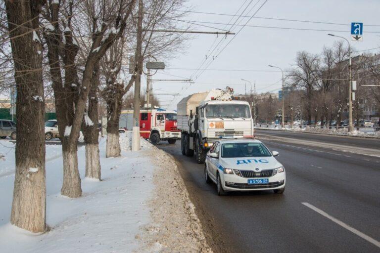 250-килограммовую авиабомбу под конвоем провезли по улицам Волгограда