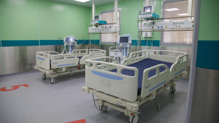 Одна из астраханских больниц возвращается к работе в плановом режиме