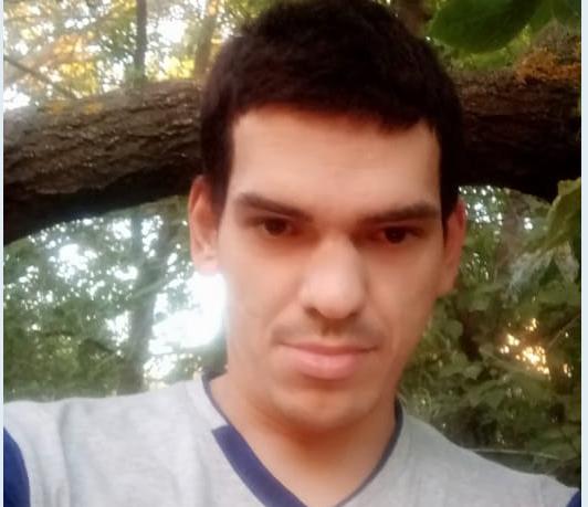 В Волгограде месяц ищут пропавшего мужчину в берцах
