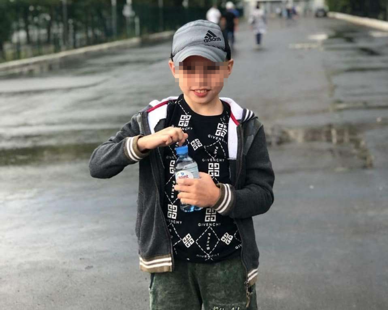 «Ждем операций по формированию культей»: мама лишившегося в ДТП ног и руки мальчика рассказала о состоянии сына