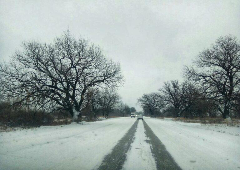 «Очень сильный снег и гололед»: МЧС предупредило волгоградцев о непогоде