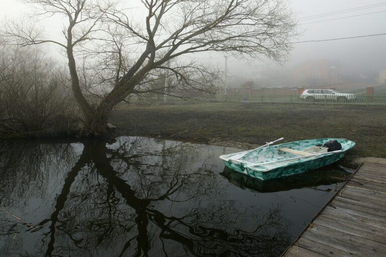 Под Астраханью спасатели шестой день ищут пропавшего рыбака