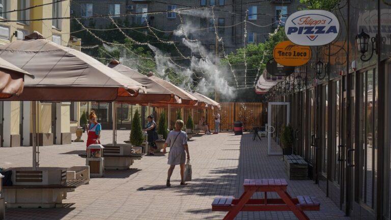 Глава Волгограда продлил на 5 лет схему размещения торговых объектов