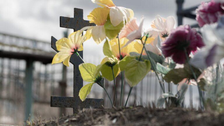 «Братки» похоронного монополиста не пустили волгоградцев хоронить родственника