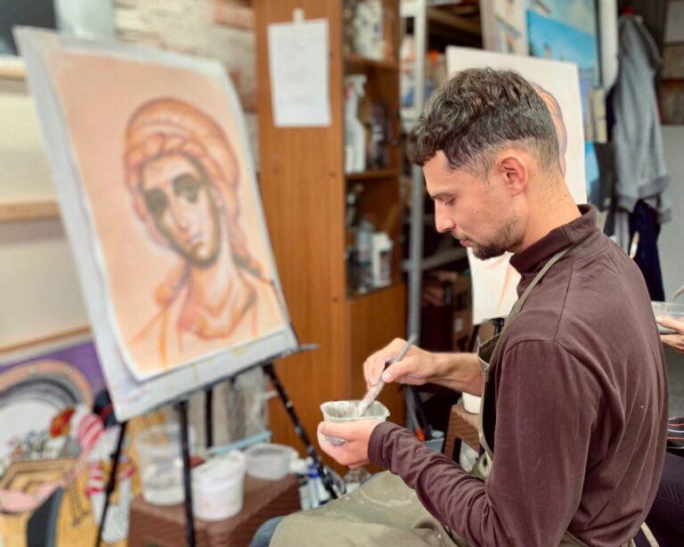 Мастер-класс для волгоградцев даст художник храма Александра Невского